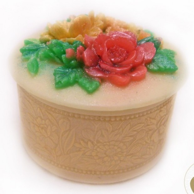 Silicone mold - Trinket box with flowers - for making soaps, candles and figurines