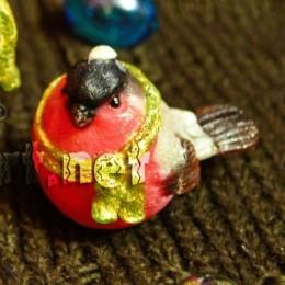 Bullfinch small in scarf 3D