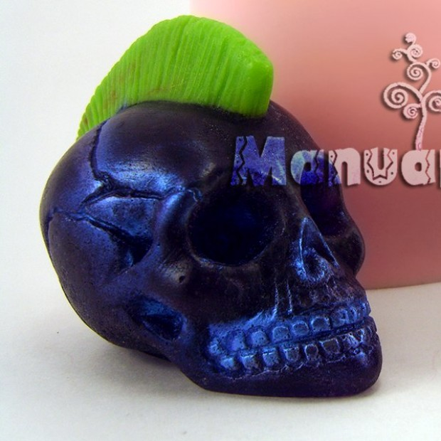 Silicone mold - 3D skull with mohawk - for making soaps, candles and figurines