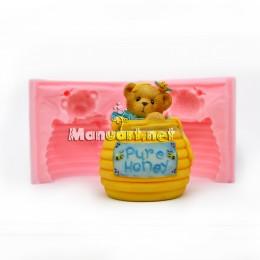 Bear in a honey keg 3D