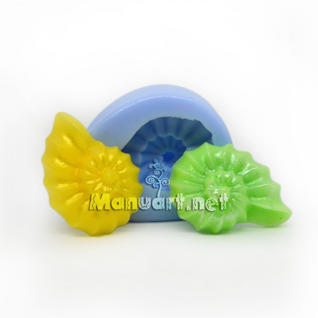 Silicone mold - Seashell small №3 3D - for making soaps, candles and figurines