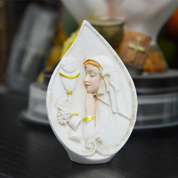 Silicone mold - First Communion praying girl - for making soaps, candles and figurines