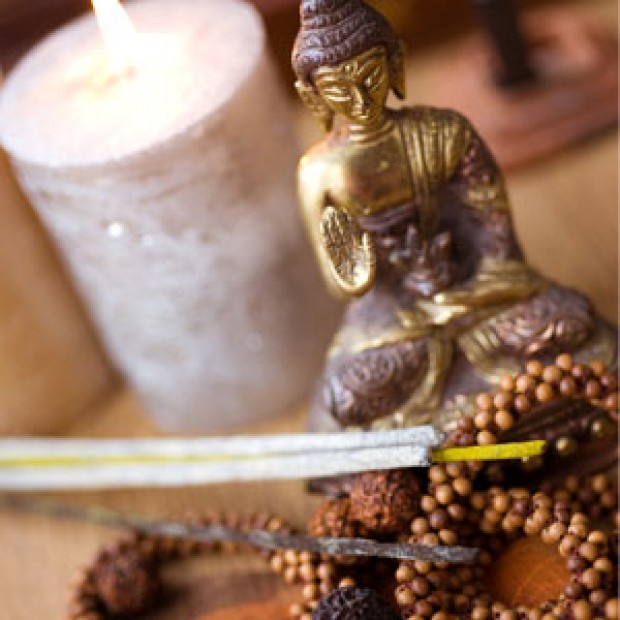 Indian Sandalwood for making candles, soaps, creams, lotions, tonics and other cosmetics